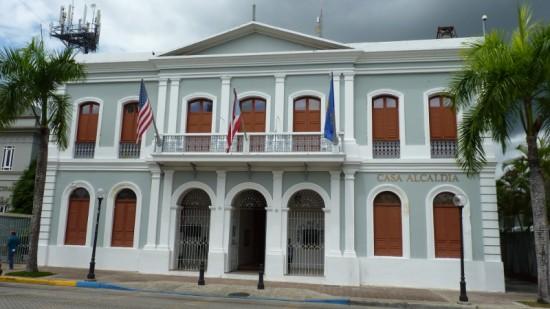Alcaldia de Caguas -damian entwistle (Flickr) baixa