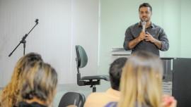 Secretário Fabrício Gandini participando do Encontro Brasileiro de Cidades Educadoras