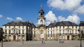 Façade de l'hôtel de ville de Rennes (France).